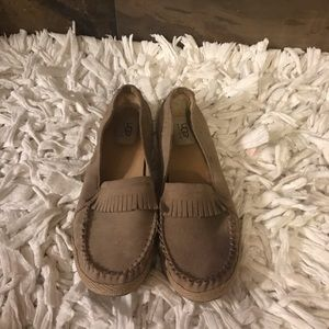 UGG, women's flats shoes, used
